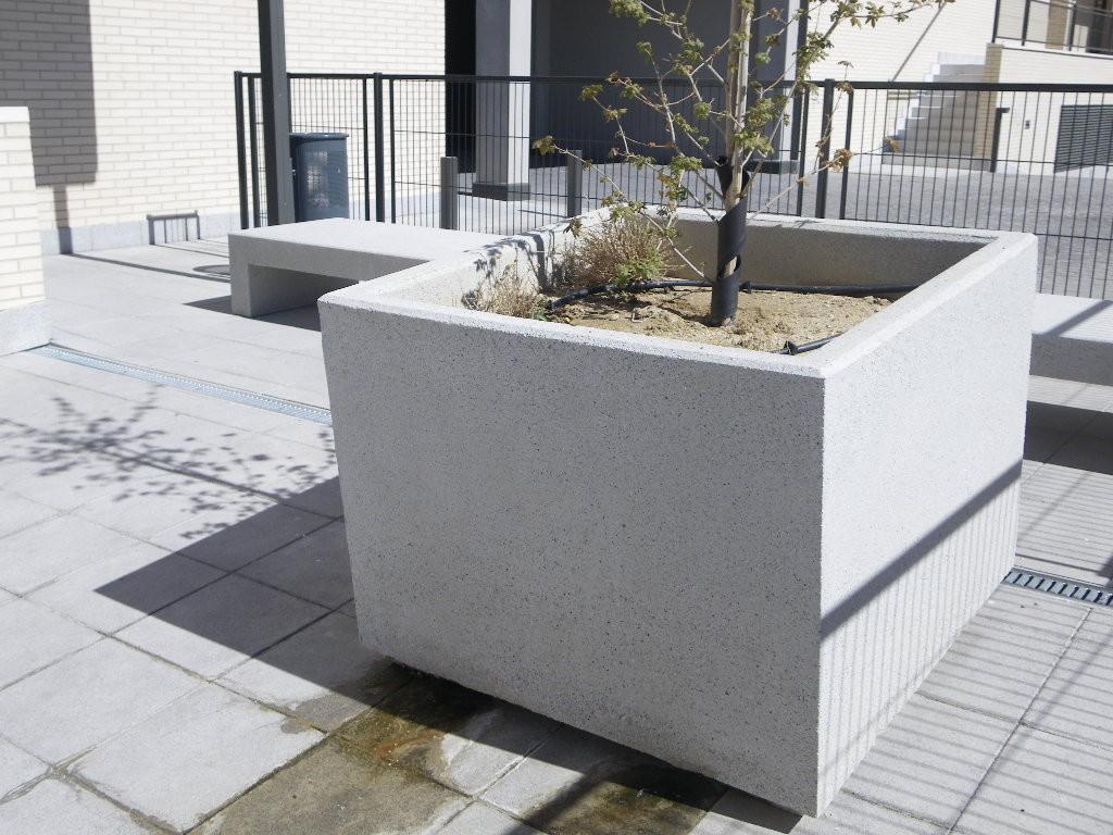 Mobiliario Urbano de Hormigon